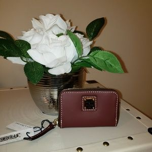 NWT! Dooney and Bourke wallet